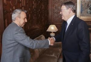 El President de la Generalitat, Ximo Puig, recibe en audiencia al alcalde de Segorbe, José Rafael Magdalena. 01/04/2016. Foto: J.A.Calahorro.