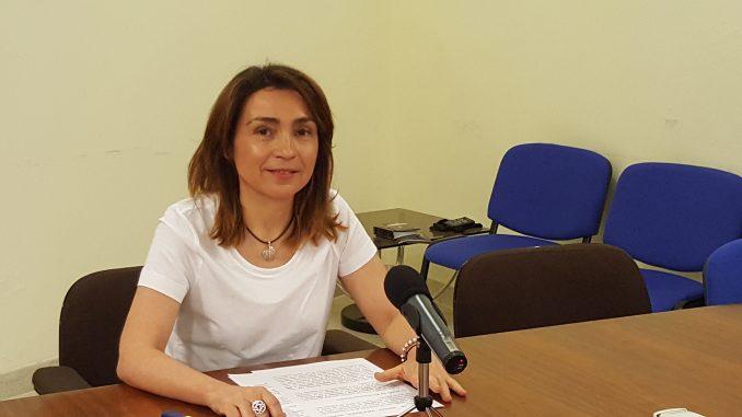 La Concejala de Educación, Mercedes Pérez, en rueda de prensa