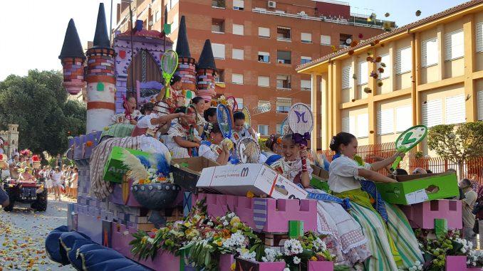 Corte Infantil en la Batalla de Flores