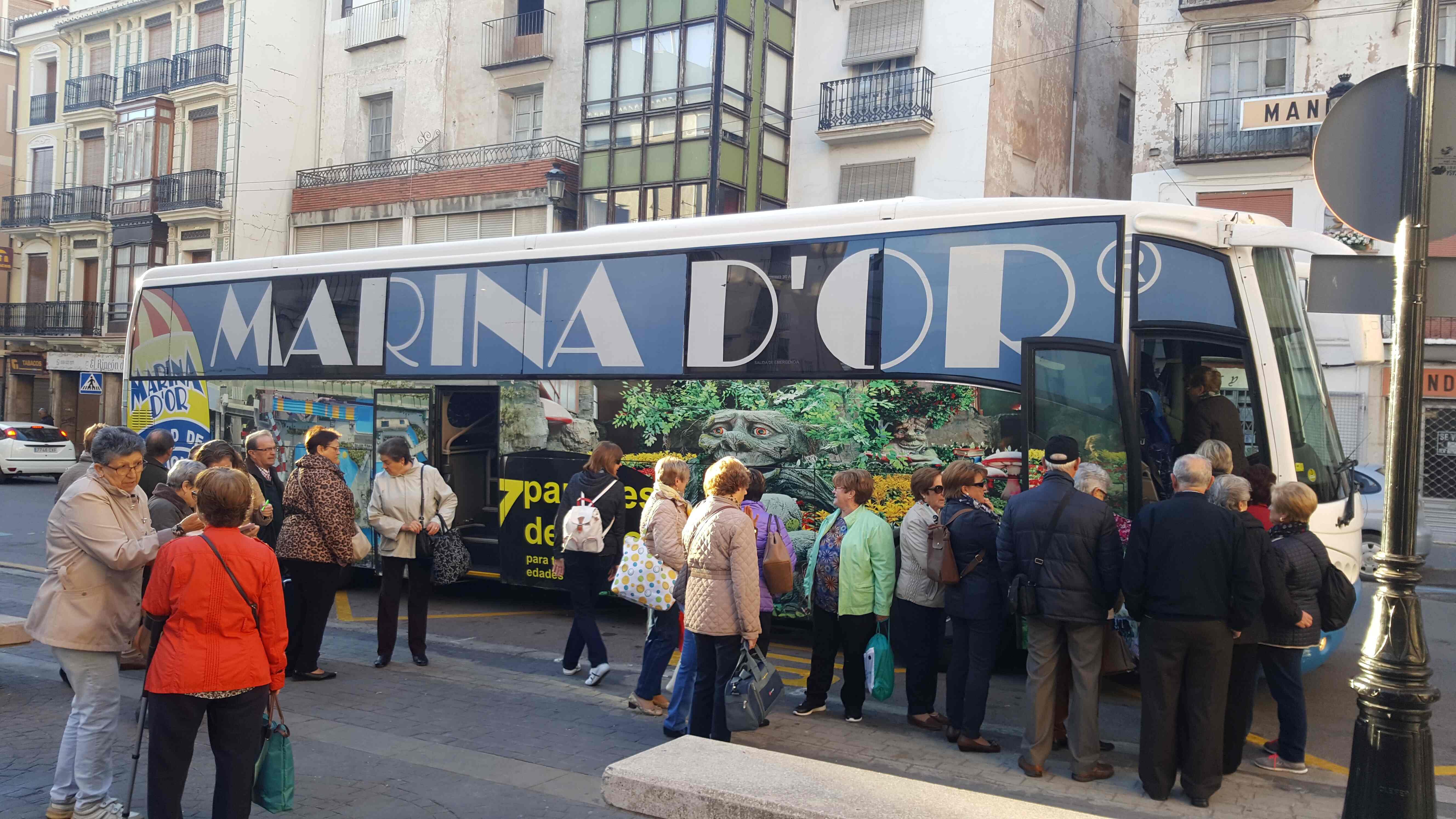 Salida de los autobuses desde Segorbe a Marina d'Or