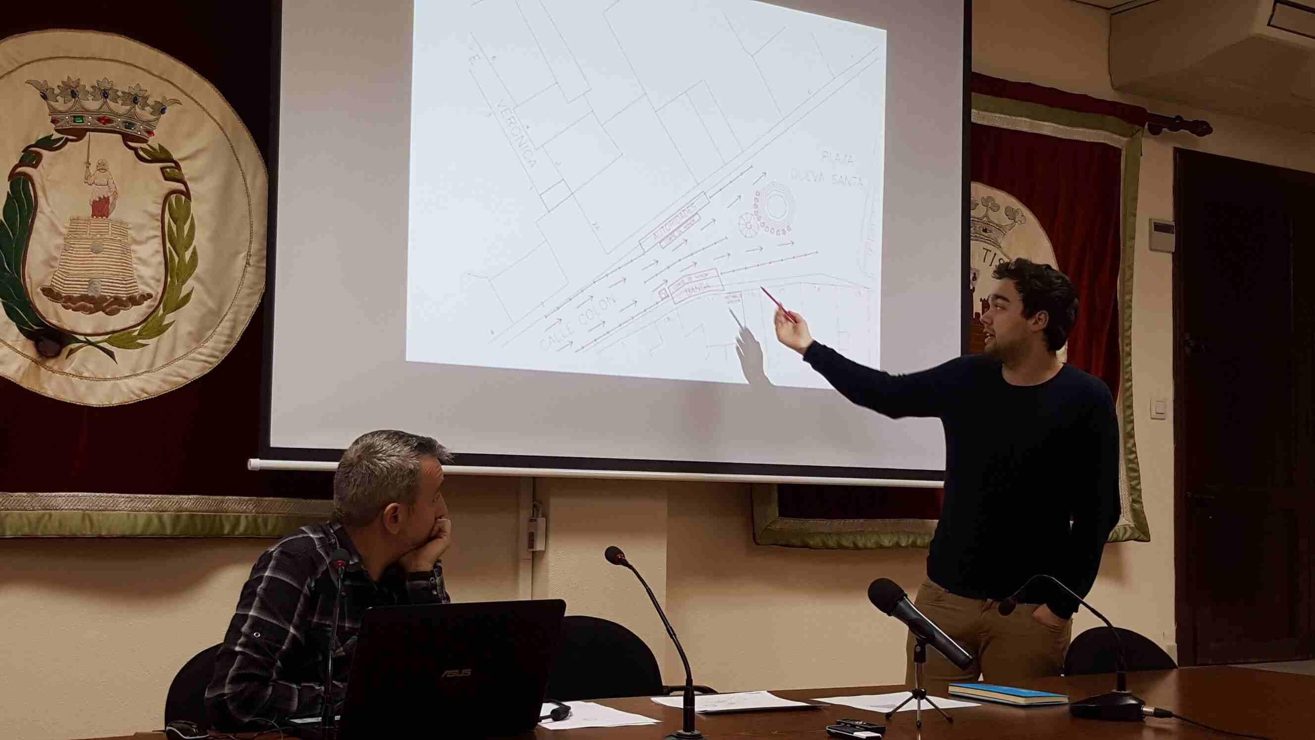 Enrique Máñez explica la organización de la nueva Ofrenda de Segorbe
