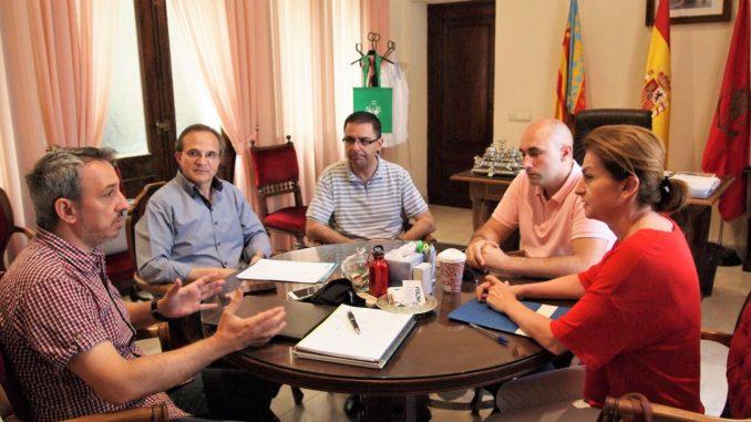 Reunión entre FECAP, la asociación de comerciantes del Alto Palancia, COVACO y el Alcalde de Segorbe