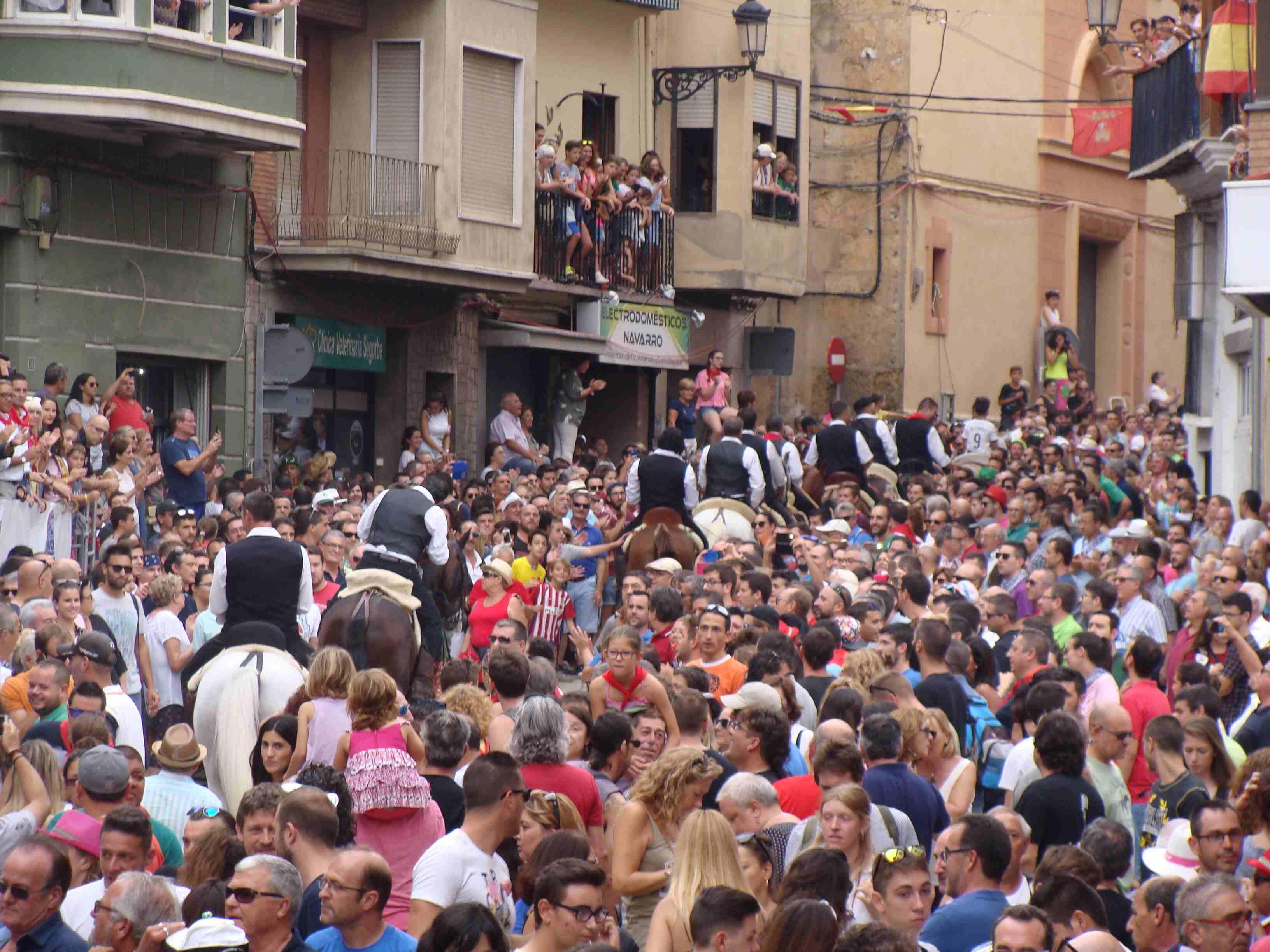 Desfile de los caballistas tras la Entrada