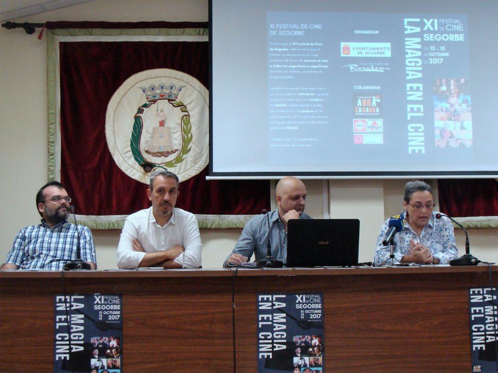 El Alcalde, Rafael Magdalena, y la Concejala de Cultura, junto a la Asociación Audiovisual Rosalea, presentan en rueda de prensa el XI Festival de Cine de Segorbe