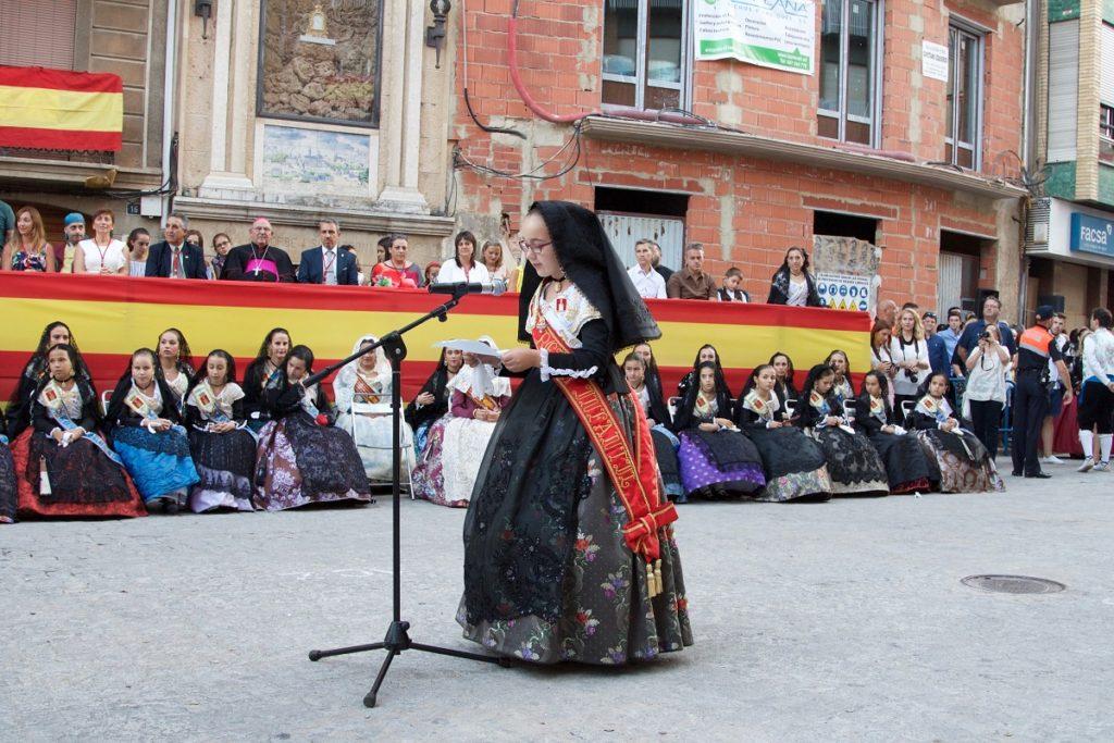 Alba Lereu, Reina Infantil de Segorbe 2017, intervino al finalizar la Ofrenda