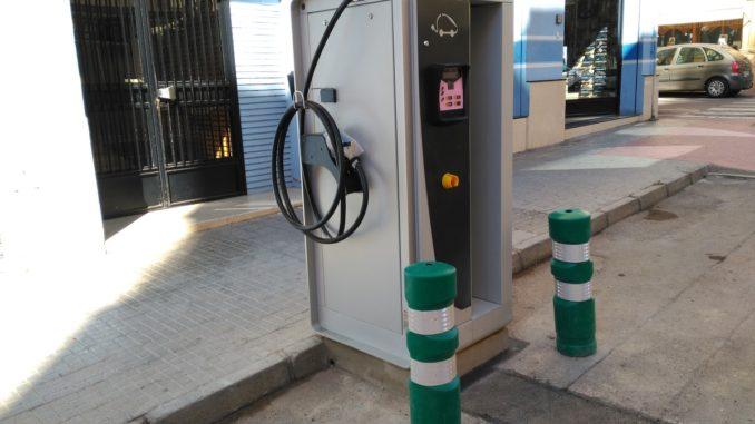Estación de recarga eléctrica calle Fray Luis Amigó de Segorbe