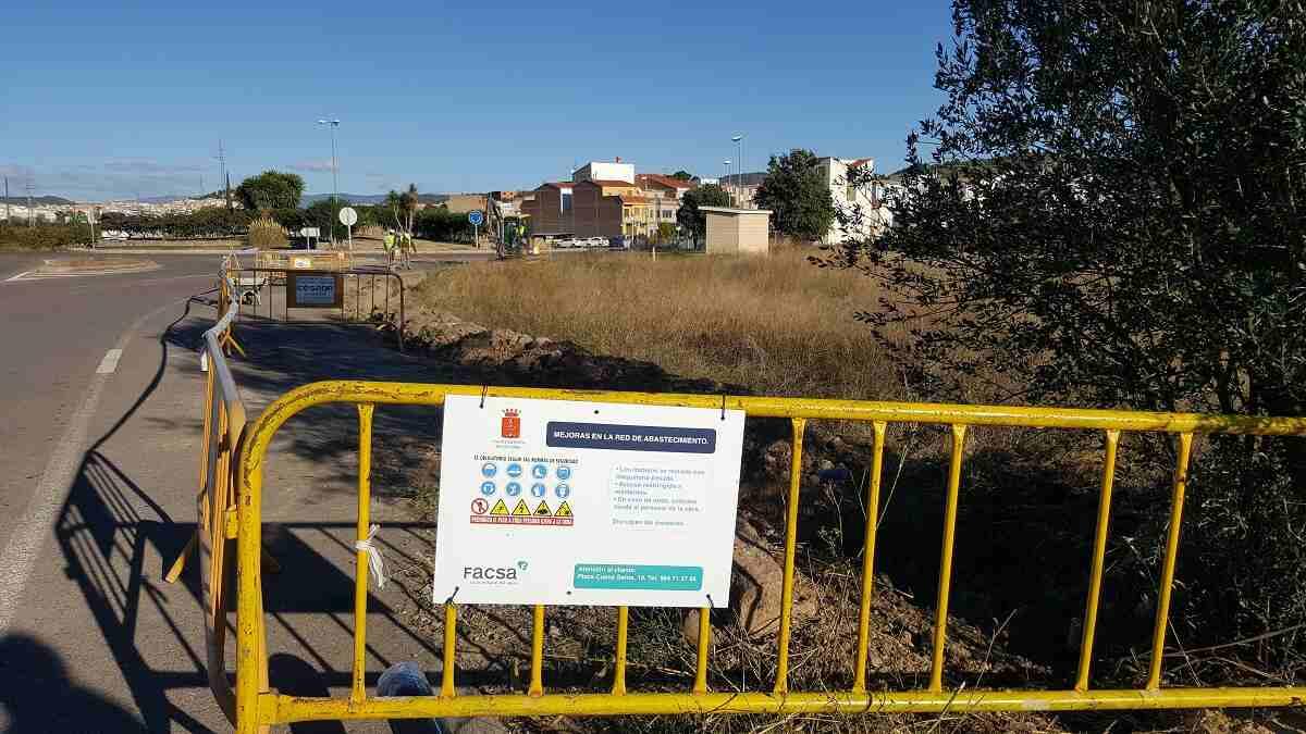 Comienzan las obras en la rotonda de acceso a Geldo, para la mejora del abastecimiento en Villatorcas (2)