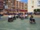 Estudiantes del IES Cueva Santa participan en un partido de baloncesto adaptado