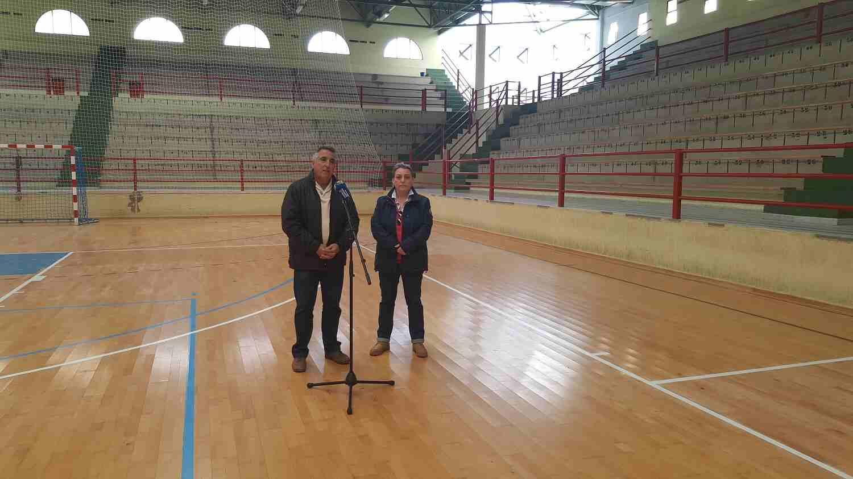 El concejal de Urbanismo y la edila de Deportes en la rueda de prensa