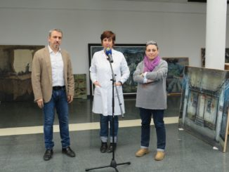 Rueda de prensa otorgada por el alcalde, la restauradora y le concejala de Cultura (de izquierda a derecha)