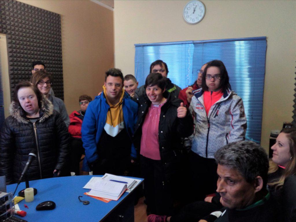 Algunas de las personas asistentes a la visita