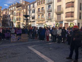 Asistentes al manifiesto por el Día de la Mujer en Segorbe