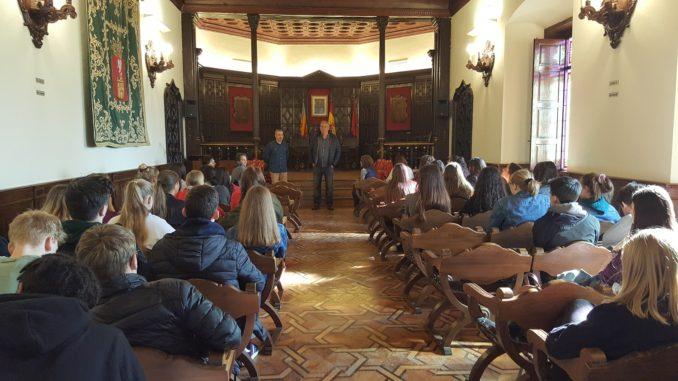 Recepción del alcalde en el Salón de Plenos del Ayuntamiento
