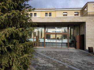 Acceso a las oficinas de Registro del Ayuntamiento de Segorbe.